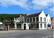 peebles - Green Tree Bar